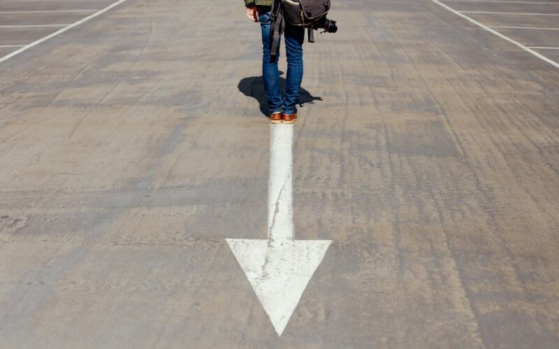 parking-lot-arrow